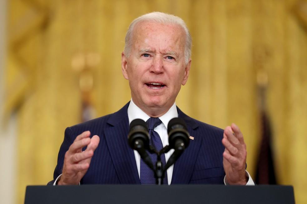 Biden na Casa Branca após ataques em Cabul nesta quinta-feira (26). — Foto: REUTERS/Jonathan Ernst