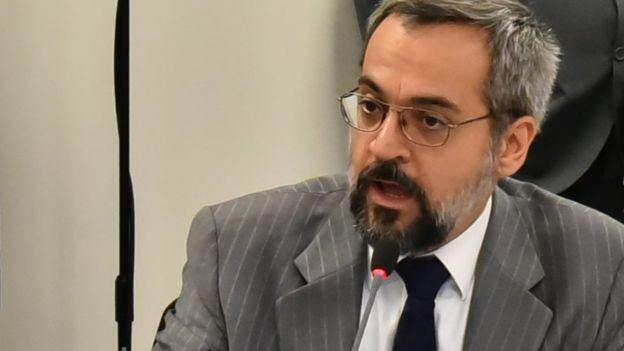 Abraham Weintraub, novo ministro da Educação, assumirá uma pasta com diversas questões urgentes a serem resolvidas (Foto: PRESIDÊNCIA DA REPÚBLICA via BBC News Brasil)