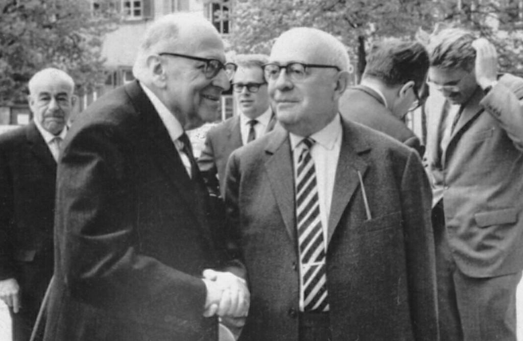 Horkheimer e Adorno (Foto: Wikimedia/Jjshapiro )