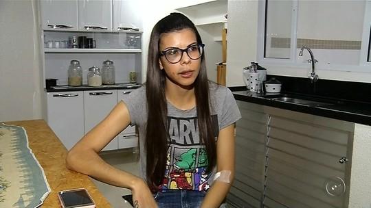 'Ando com a medida protetiva na bolsa', diz vendedora que publicou fotos após ser agredida por ex