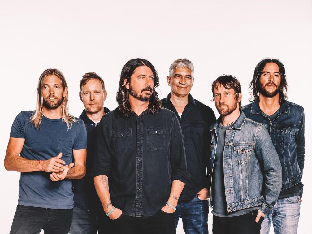 Foo Fighters vão aos extremos do pop e do peso em 'Concrete and gold'; G1  ouviu   Música   G1