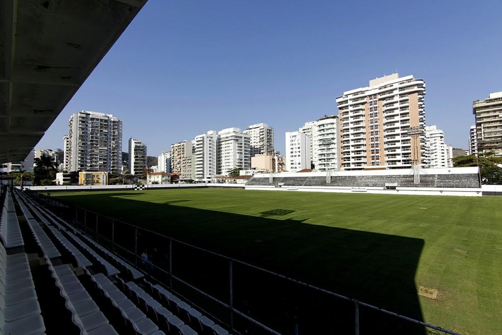 Estádio de Caio Martins, em Niterói, já foi utilizado pelo time principal do Botafogo — Foto: Vitor Silva / SSPress