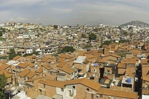 O conjunto de favelas da Maré ganha programa de aceleração de empreendedorismo digital focado em jovens, em parceria com a Itaú Asset
