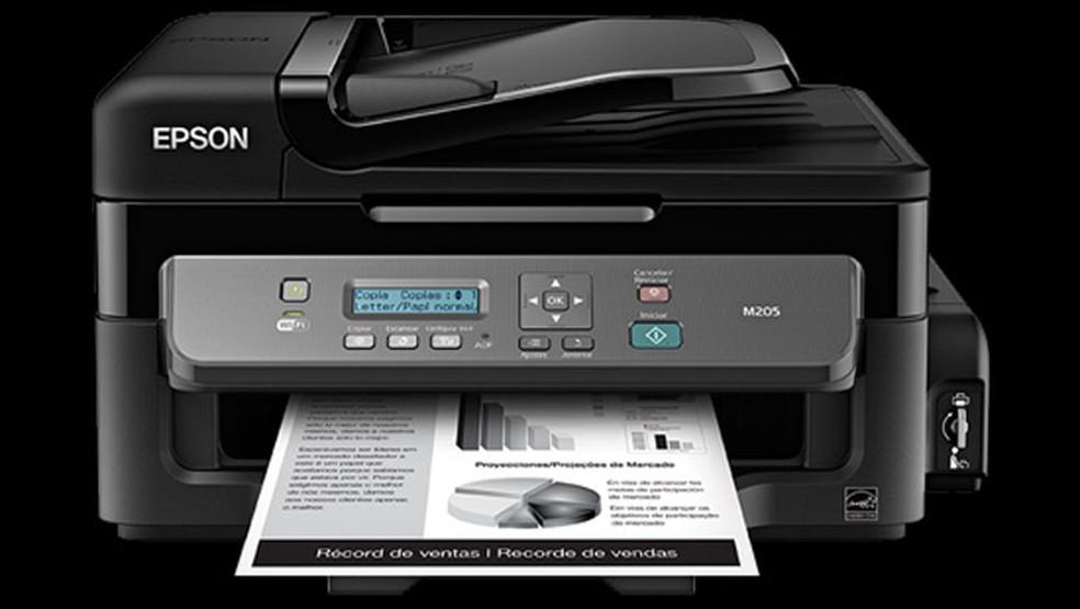 A Epson WorkForce M205 tem painel mostrador simples — Foto: Divulgação/Epson