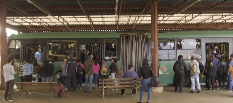 Justiça determina prazo de 48 horas para empresa regularizar pagamento dos funcionários do transporte público de Ponta Grossa