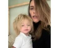 """Fernanda Lima e a filha caçula posam descabeladas em clique: """"Amor inexplicável"""""""