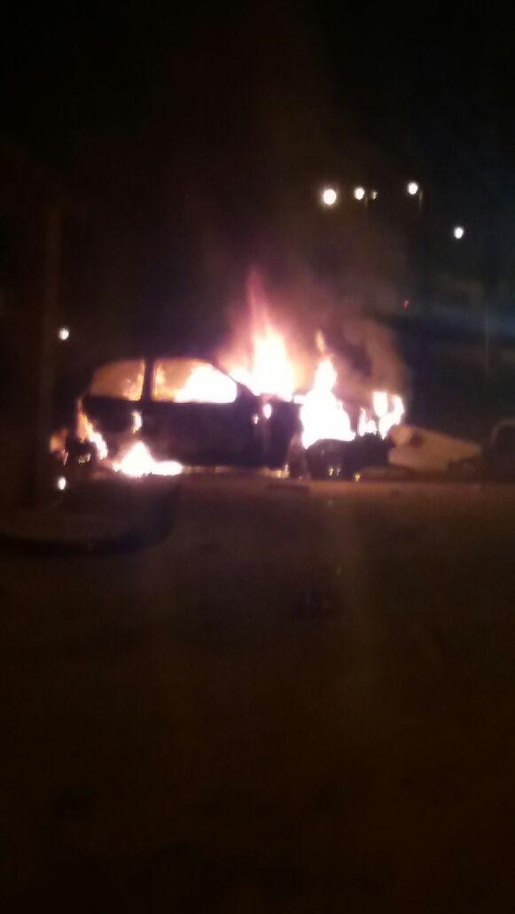 Motorista morre carbonizado após veículo colidir em poste na BR-135 no Maranhão
