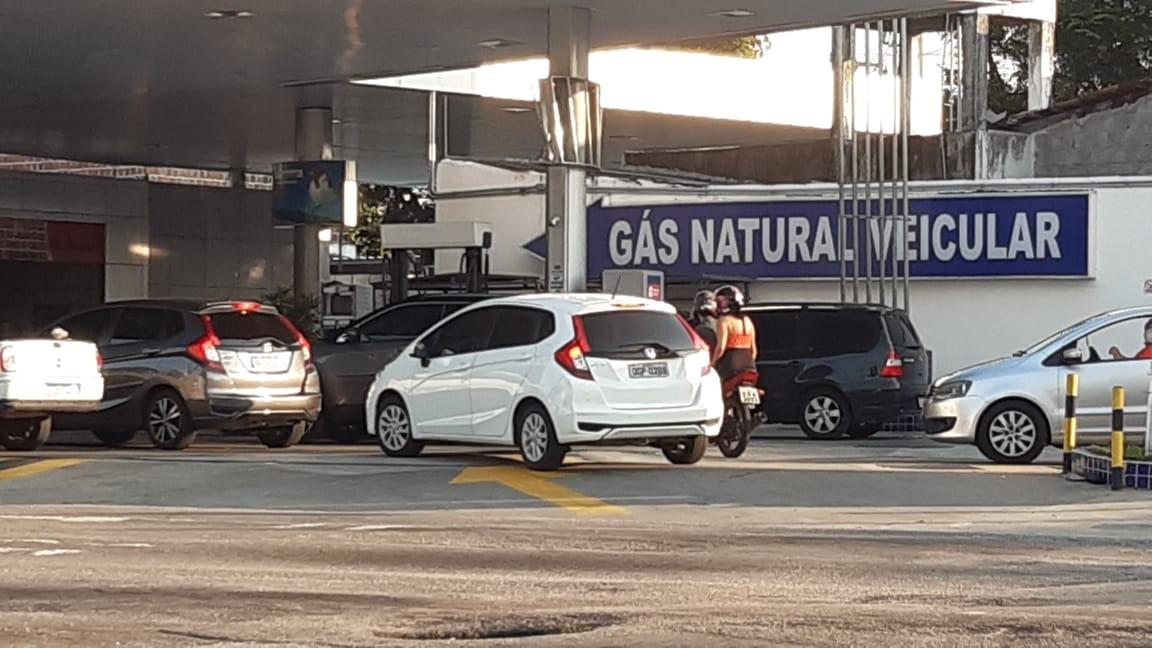 Procura por kit gás em veículos aumenta 70% no primeiro semestre no RJ