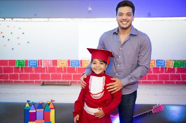 Wesley Safadão e o filho Yudhy (Foto: Larah Cordeiro)
