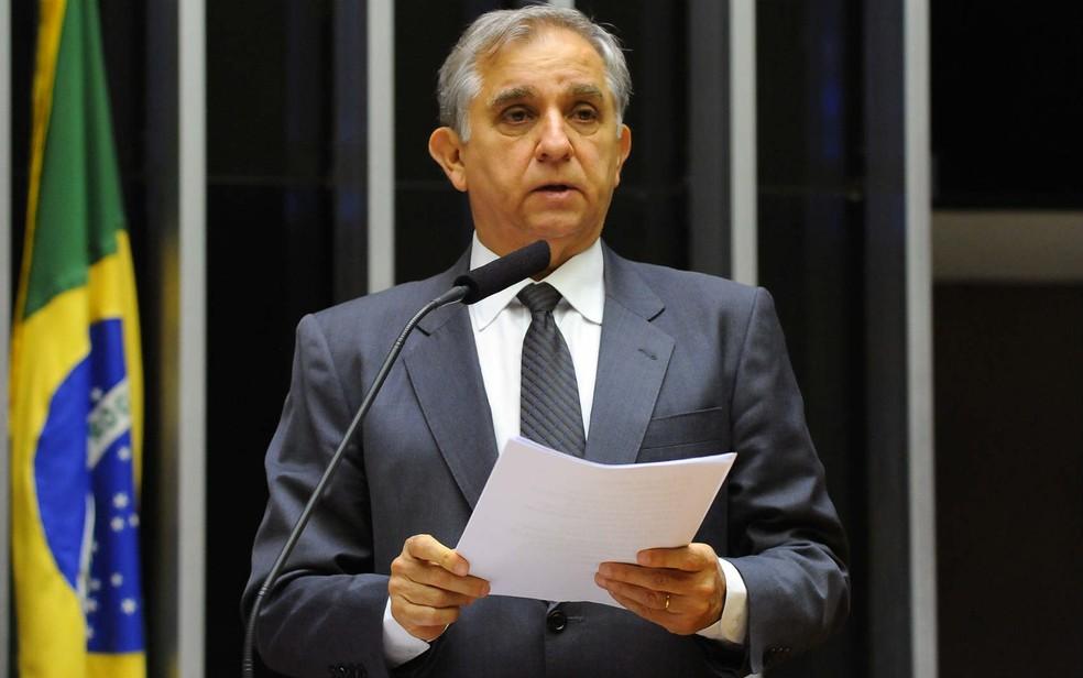 Deputado federal Izalci (PSDB-DF) em discurso na Câmara dos Deputados (Foto: Luis Macedo/Câmara dos Deputados/Divulgação)