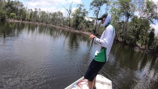 Histórias de pescador: Kardec troca a China pela Amazônia em busca do tucunaré