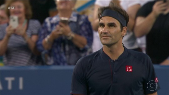 Federer vence na estreia e Serena Williams acaba eliminada no Masters 1000 em Cincinnati
