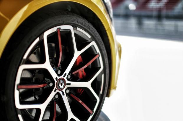 Renault Megane Trophy tem rodas esportivas de 19 polegadas (Foto: Divulgação)