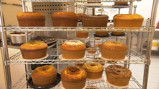 Comerciantes apostam em bolo caseiro, tradição de 'casa de vó'