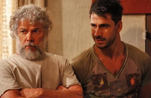 Na sexta (5), Pereirinha e Enzo (Julio Rocha) vão descobrir que o tesouro do chinês foi encontrado por alguém (Foto: Reprodução)