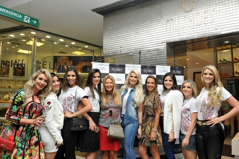 Team Vogue prestigia ação da MyShoes