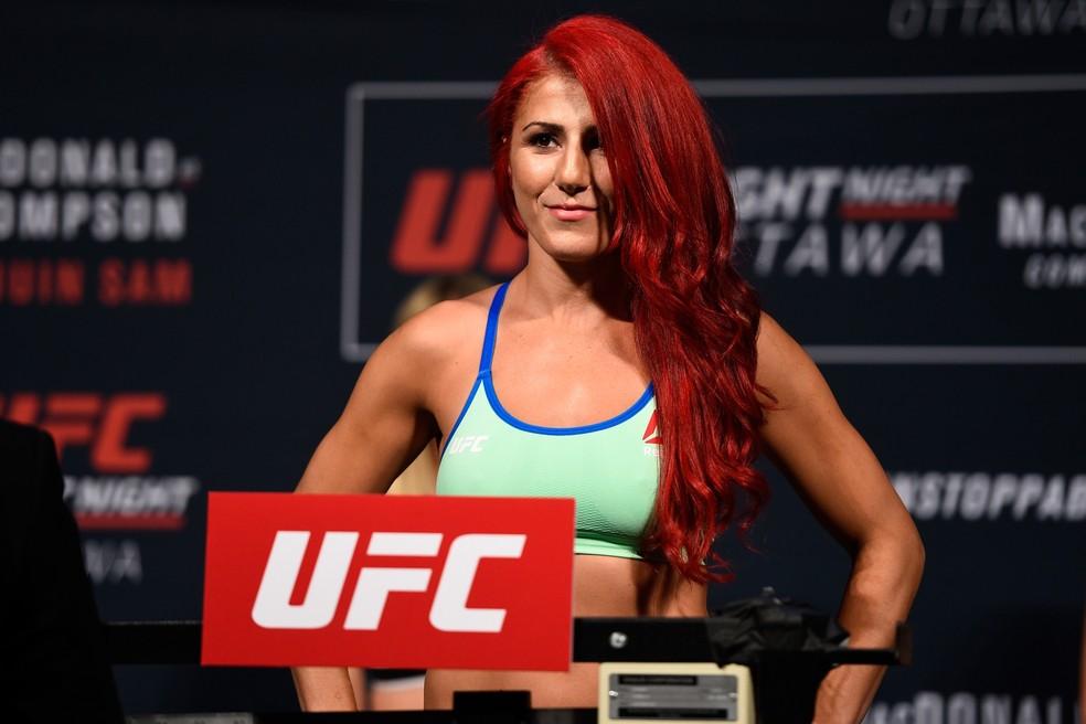 Randa Markos substitui Paige VanZant no confronto contra Amanda Ribas no UFC Brasília — Foto: Getty Images