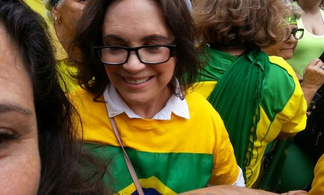 Regina Duarte participou do protesto em São Paulo