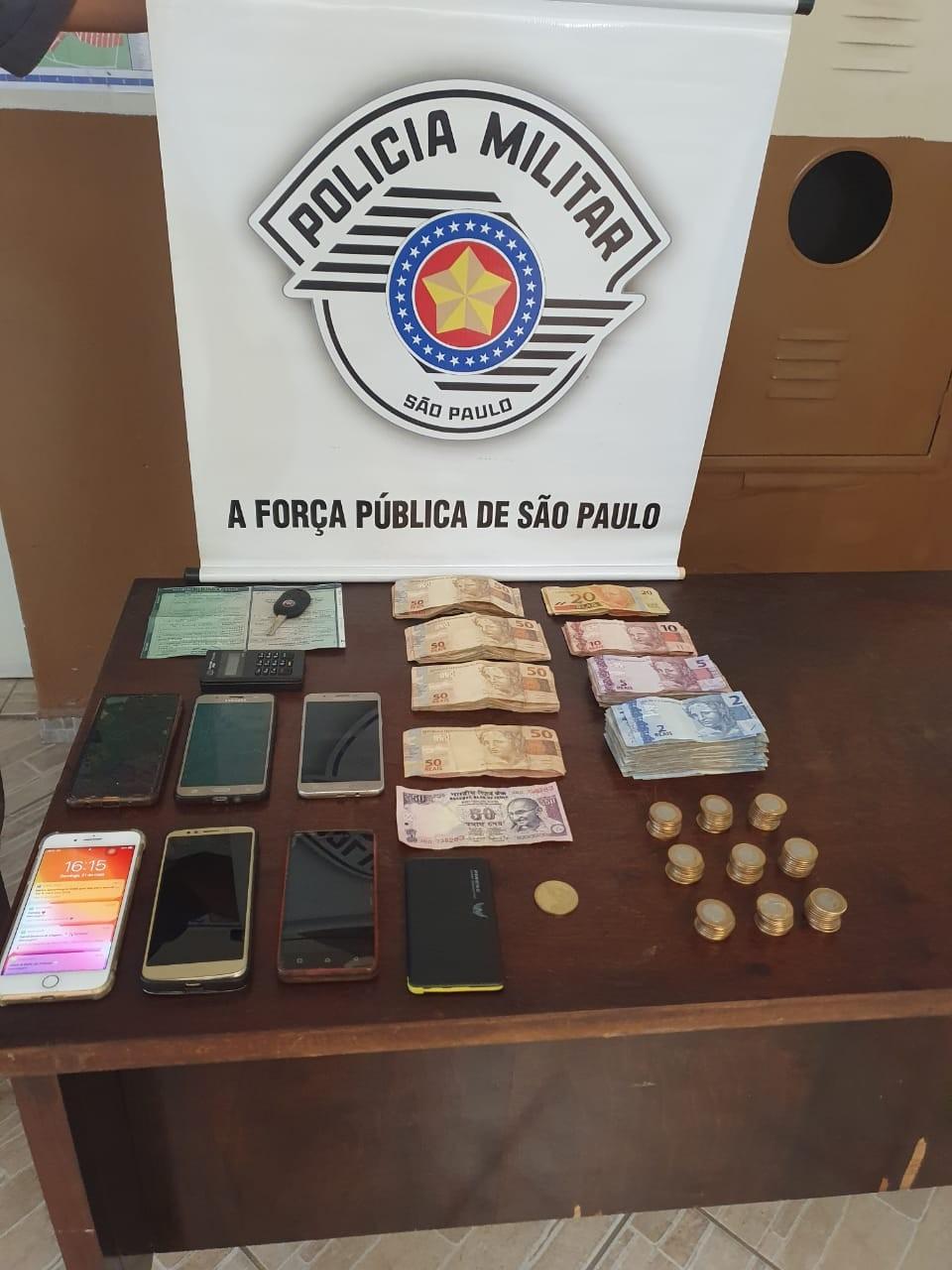Polícia prende quatro suspeitos de roubo em residência e recupera R$ 12 mil em Sumaré