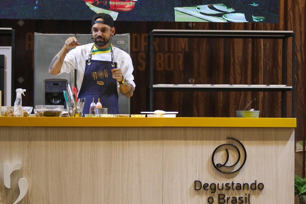 Chef Thiago Chiericatti é um dos participantes desta edição do festival Degustando o Brasil, em Campina Grande — Foto: Degustando o Brasil/Assessoria
