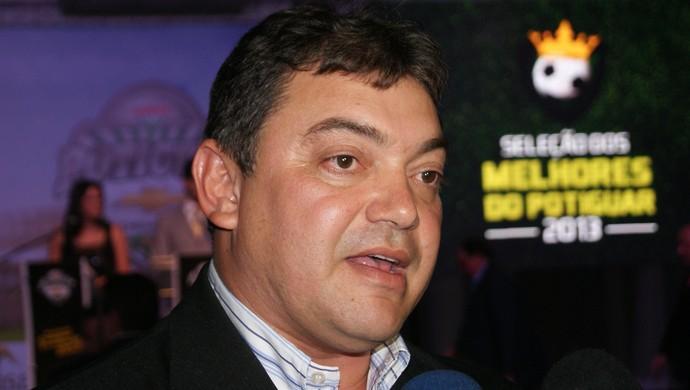 Benjamim Machado, presidente do Potiguar de Mossoró, foi eleito o melhor dirigente (Foto: Jocaff Souza)