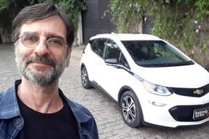 Henrique Koifman e o Chevrolet Bolt 2021