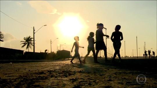40% dos pobres no Brasil têm até 14 anos, diz estudo