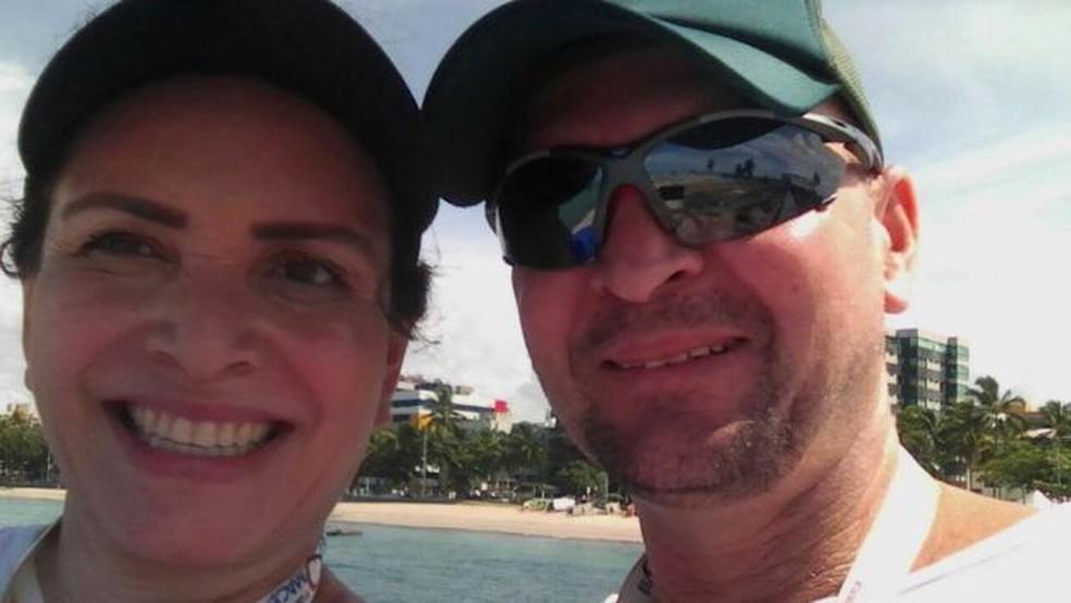 Sargento José Romildo iria se aposentar nos próximos meses e planejava diversas viagens junto com a esposa — Foto: Arquivo pessoal/BBC