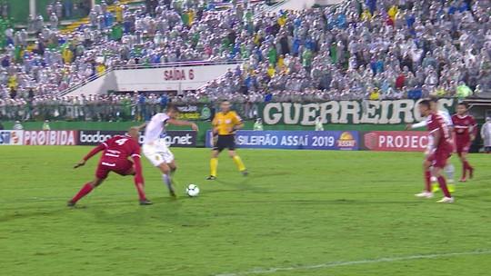 Everaldo divide mérito por atingir marca histórica da Chapecoense na Série A; reveja os 12 gols