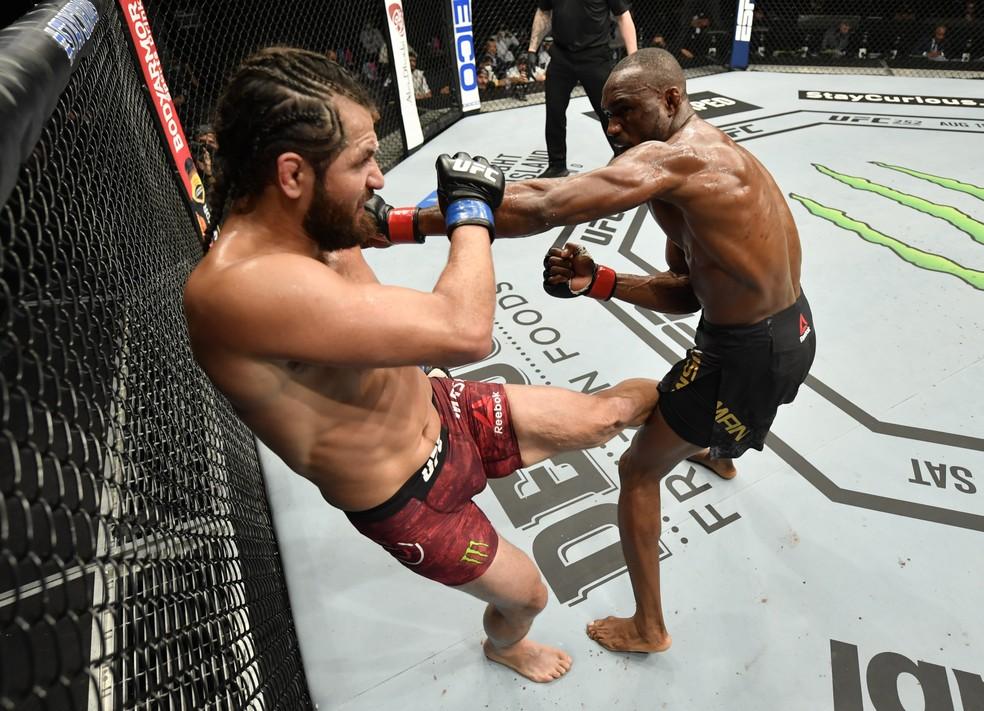 Kamaru Usman não gostou da sua performance contra Jorge Masvidal no UFC 251 — Foto: Getty Images