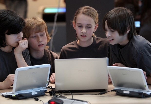 crianças, notebook, tecnologia (Foto:  Sean Gallup/Getty Images)