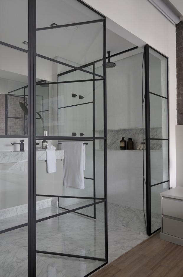 Apartamento cosmopolita resgata detalhes da história da família (Foto: Denilson Machado - MCA Estúdio/Divulgação)