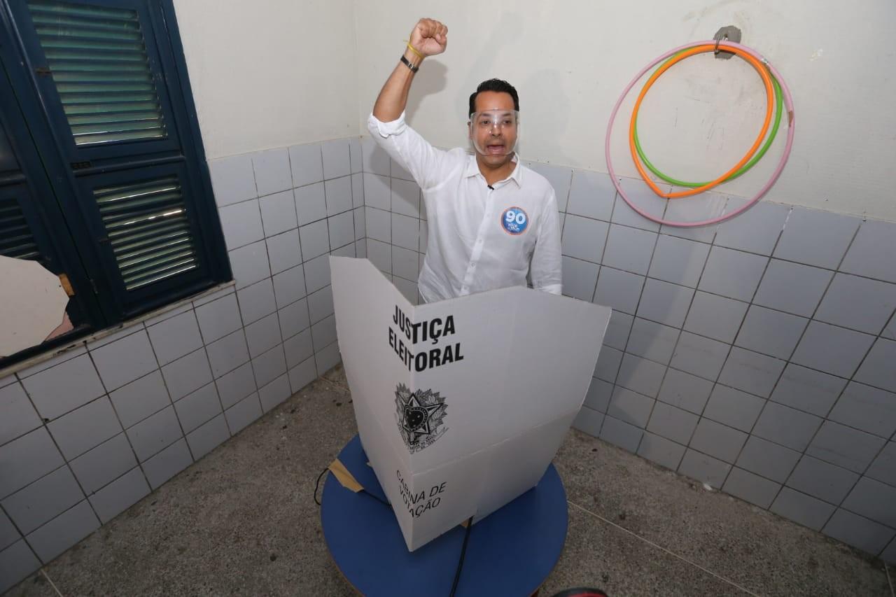 Vitor Valim é eleito o novo prefeito de Caucaia