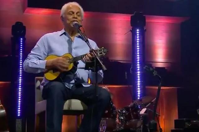 Paulinho da Viola em live no Globoplay (Foto: Reprodução)
