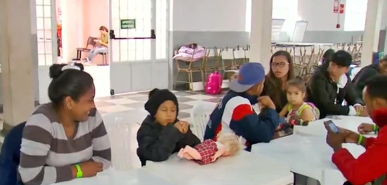 Grupo de 39 refugiados venezuelanos chega a Varginha; eles ficarão em 5 cidades da região - Notícias - Plantão Diário