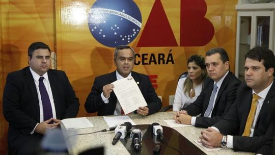 Resultado de imagem para OAB cobra retirada de presos das delegacias do Ceará; Sejus pede prazo de seis meses
