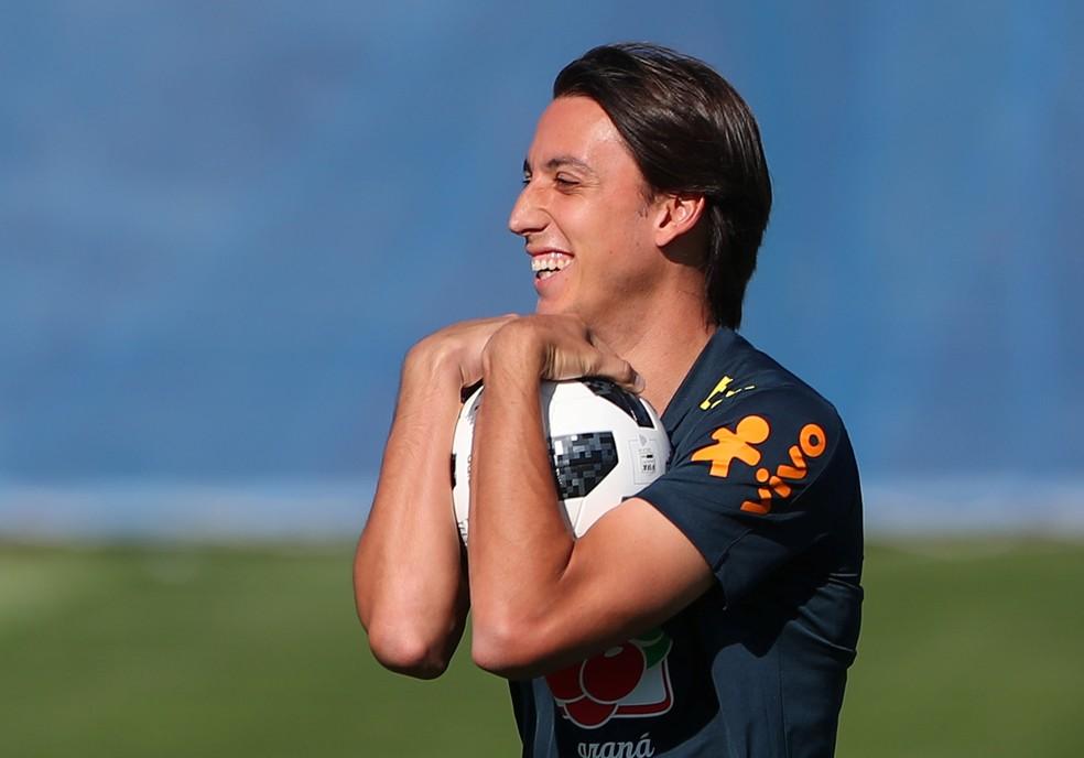 Geromel ganha folga após Copa do Mundo e volta aos treinos no Grêmio na sexta-feira