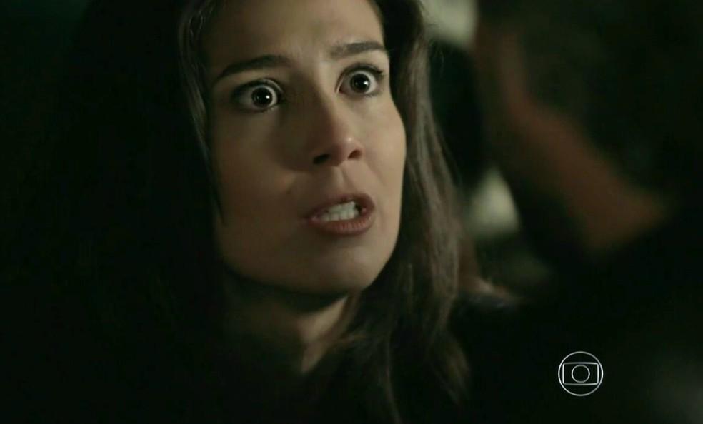 Cora (Marjorie Estiano) conta segredo de Maria Marta (Lilia Cabral) a José Alfredo (Alexandre Nero) - 'Império' — Foto: Globo