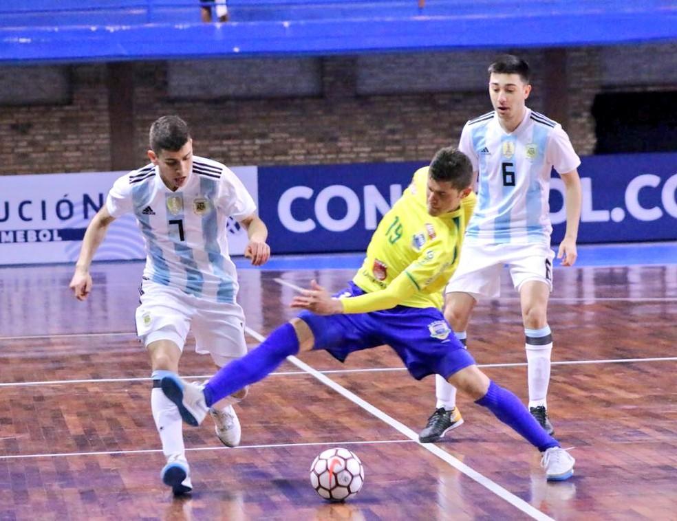Brasil e Argentina fizeram duelo emocionante em Assunção (Foto: Divulgação/APF)