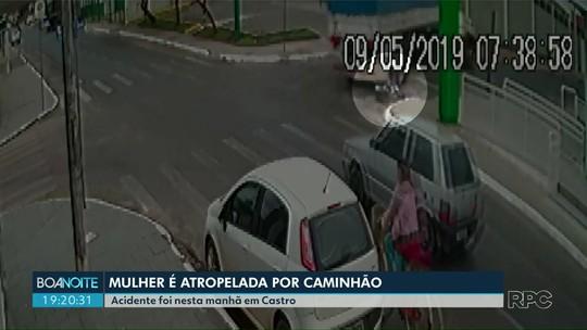Caminhão passa por cima de mulher e ela sobrevive, em Castro
