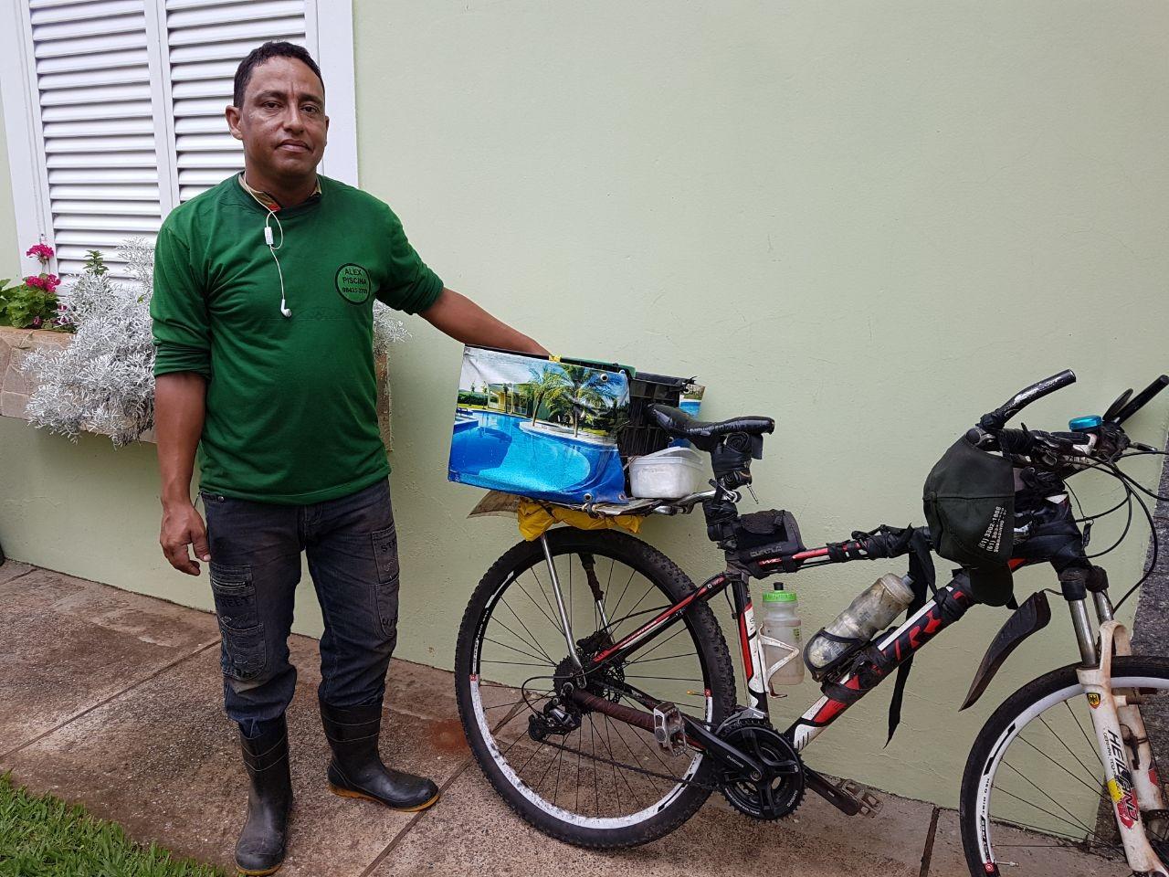 Pedalando: morador do DF troca carro por bike e fala sobre benefícios do meio de transporte