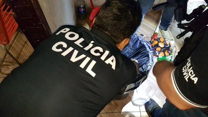 Polícia faz operação contra grupo envolvido com tráfico de drogas, extorsão e lavagem de dinheiro em Canoas