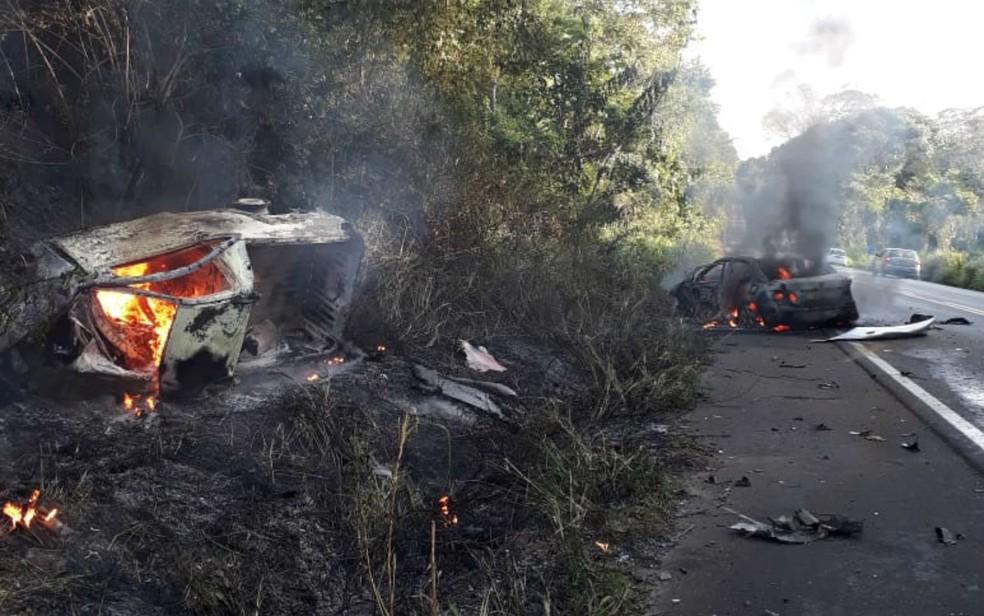 Vítimas ainda não foram identificadas — Foto: Divulgação/Polícia Militar