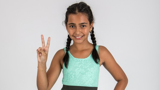 Conheça Ludmila Bruck, participante do 'The Voice Kids'