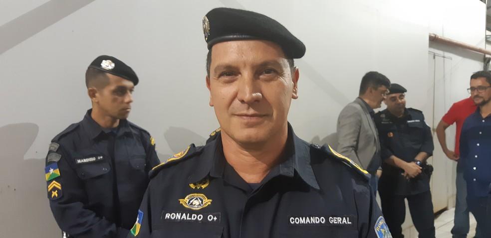 Comandante-geral da PM, Cel. Mauro Ronaldo Flores, nega que tenha havido ilegalidade na prisão do agente. — Foto: Toni Francis/G1
