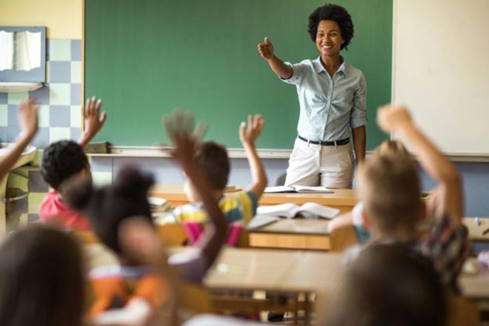 Nem tudo é má notícia: A taxa de analfabetismo caiu de 7,2% em 2016 para 6,8% em 2018. O número médio de anos de estudo na população subiu de 8,9 para 9,3 nos últimos dois anos. — Foto: Getty Images