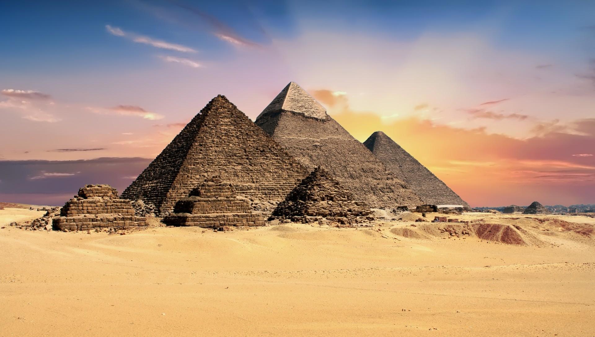 Alinhamento das pirâmides do Egito foi feito graças à utilização de um relógio solar. (Foto: Creative Commons / TheDigitalArtist)