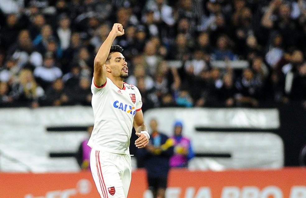 Paquetá deixa o Flamengo em janeiro — Foto: Marcos Ribolli / GloboEsporte.com