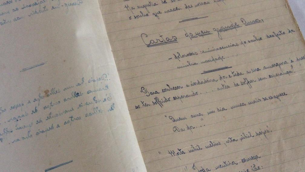 Caderno de cartas em que Anayde Beiriz guardava as correspondências trocadas com Heriberto — Foto: Dani Fechine/G1