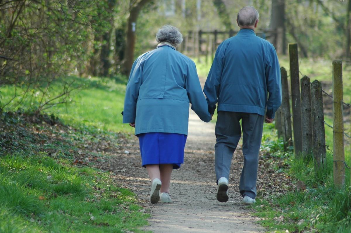 Mortes vinculadas a Alzheimer aumentaram 55% em 15 anos nos EUA